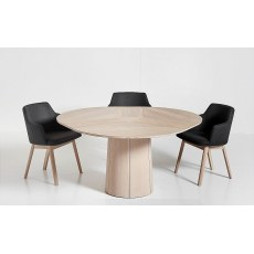 Skovby #33 Round Dining Table